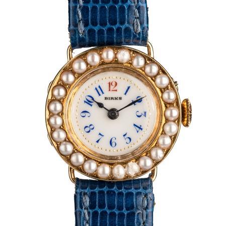 vintage-wristwatch-SSHO122A