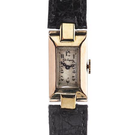 vintage-wristwatch-SSHO73-1