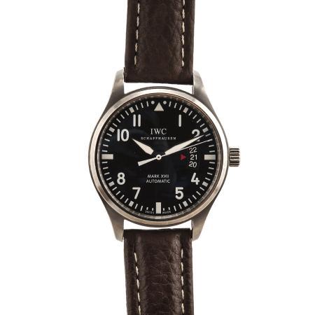 vintage-wristwatch-RJPSMI68-1
