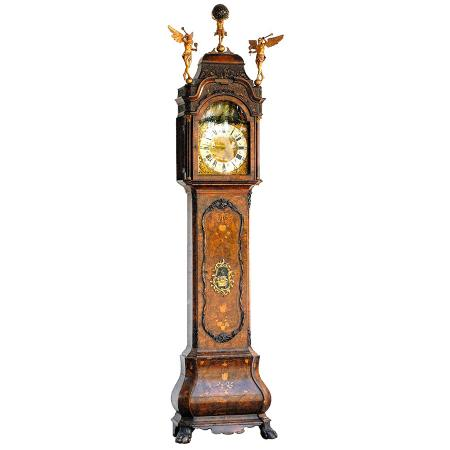 antique-clock-RJEMARJH